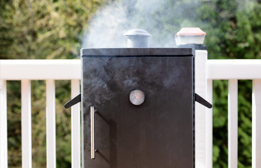 Top 10 Best Electric Smoker Reviews & Buying Guides